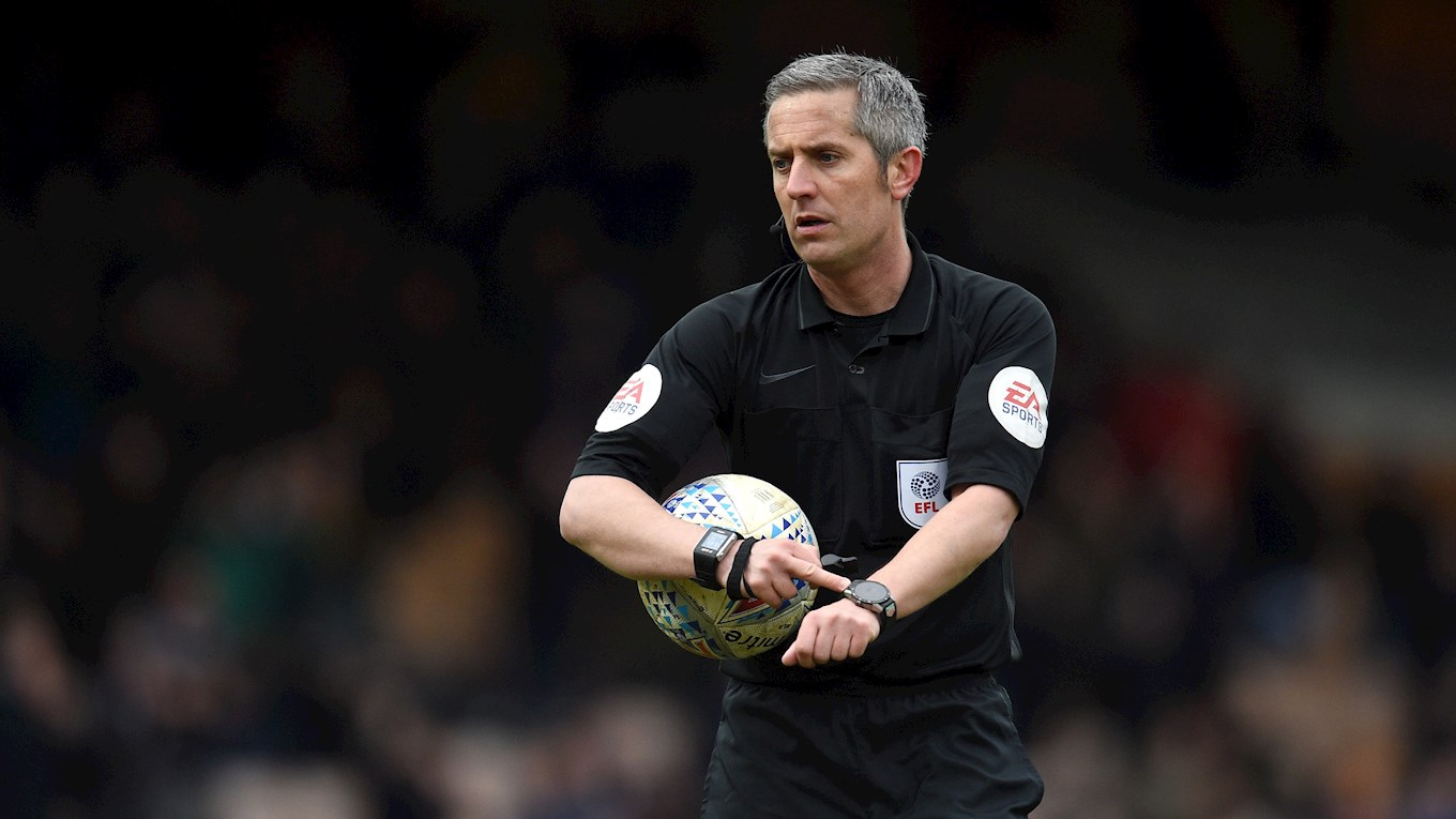 Darren Bond Referee WWFC PO.jpg